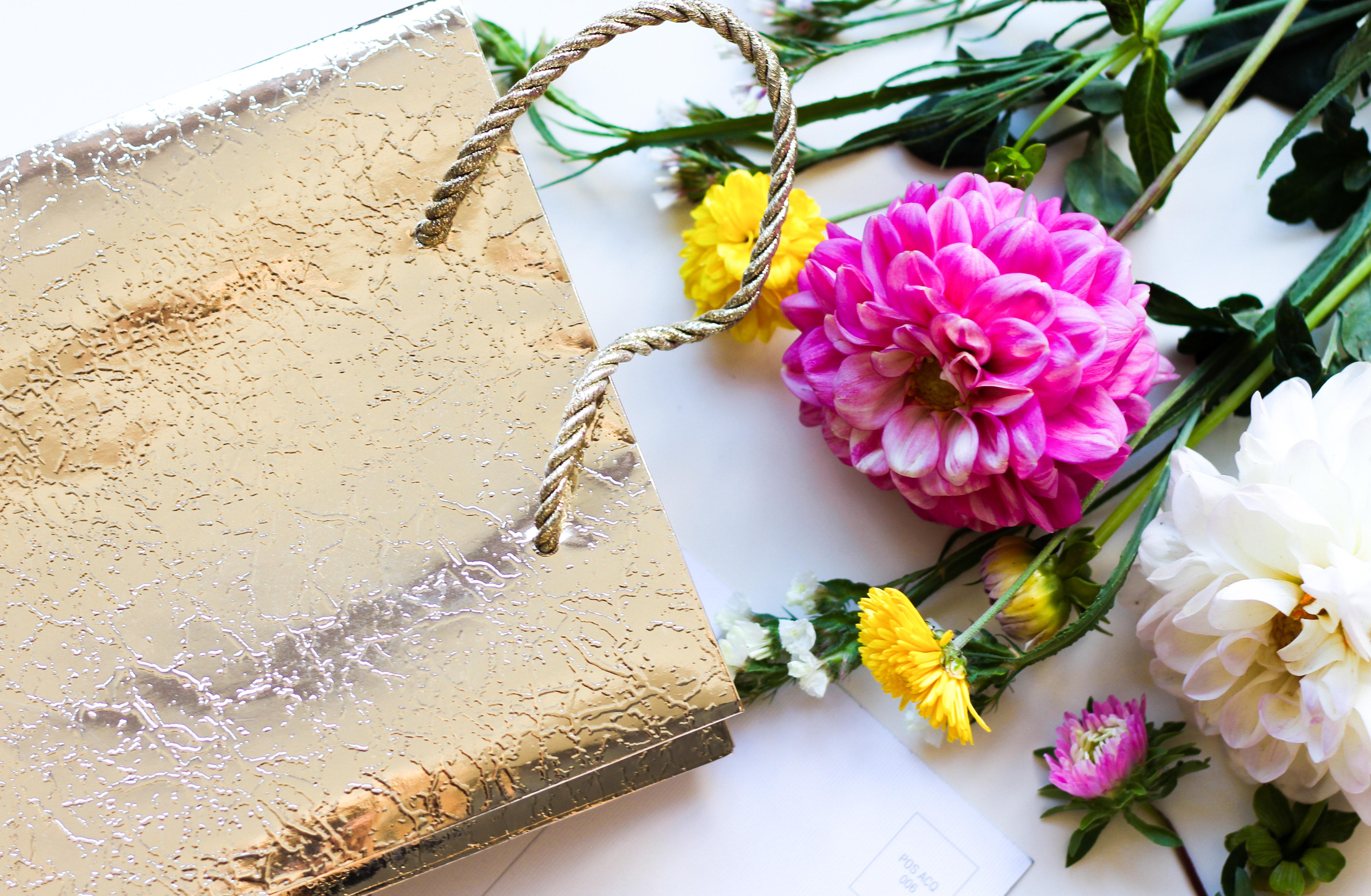 Пет оригинални идеи за подарък за жена